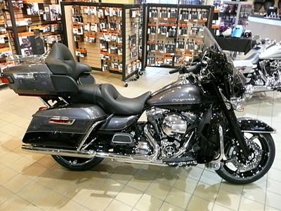 Photo of a 2014 Harley-Davidson® FLHTK Electra Glide® Ultra Limited