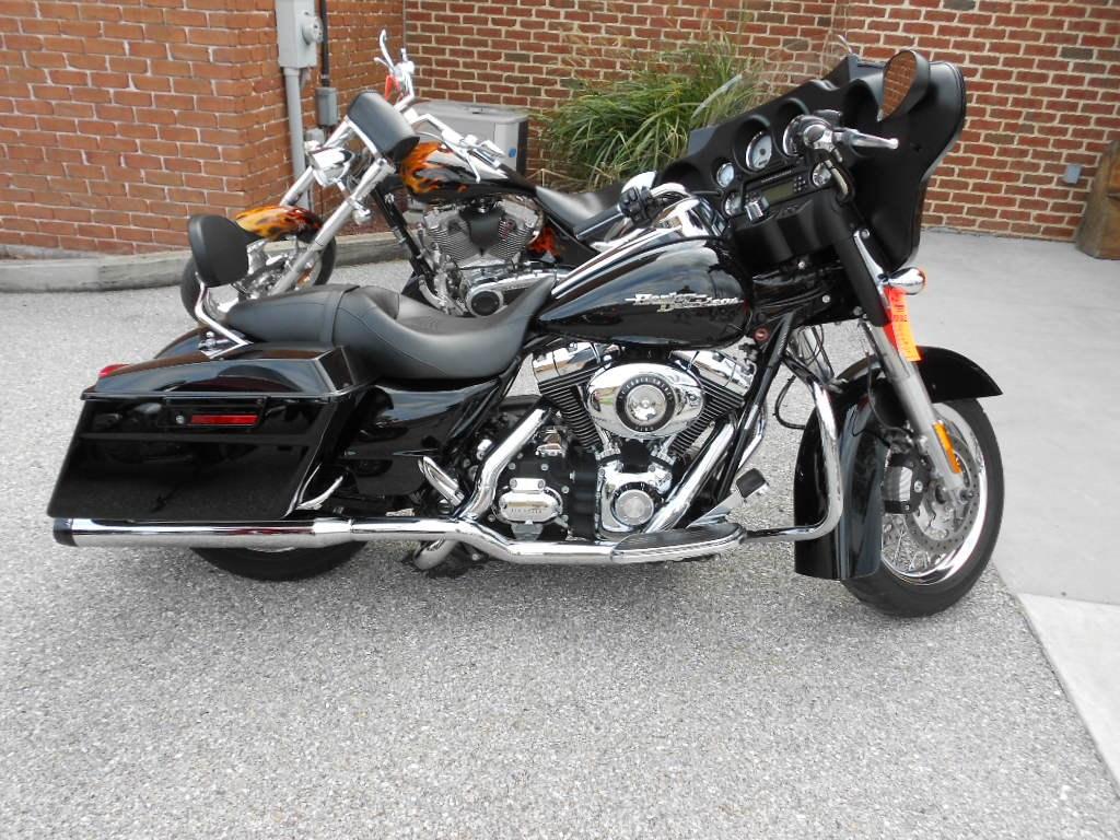 2009 Harley-Davidson® FLHX Street Glide