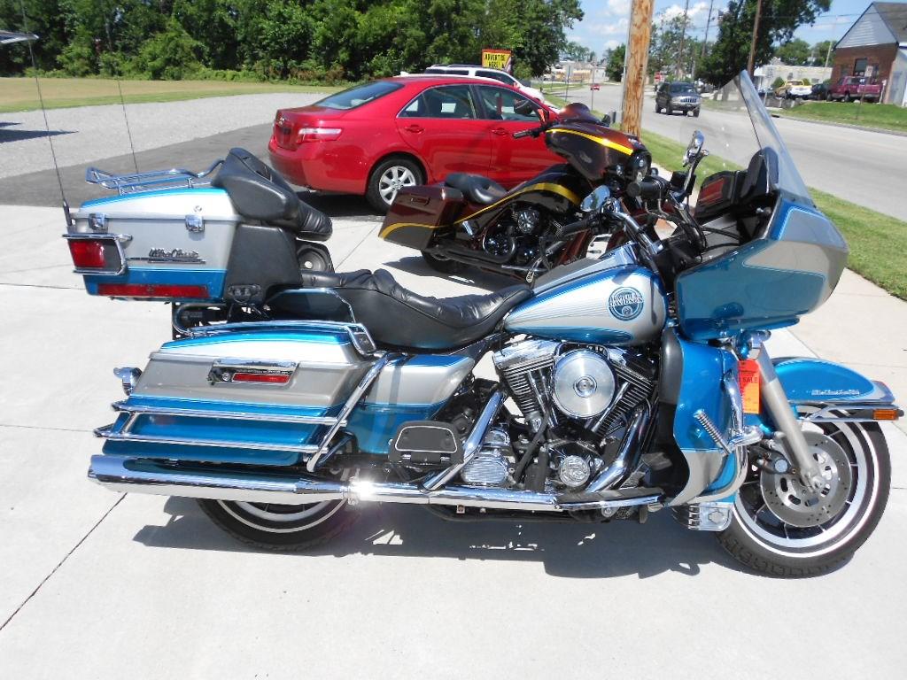 1994 Harley-Davidson® FLTCU Ultra Classic® Tour Glide® – $7500
