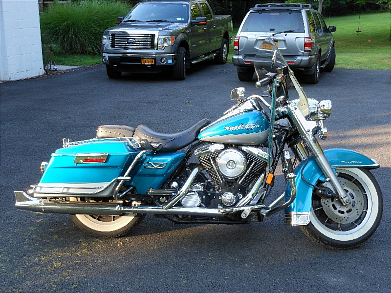 Photo of a 1994 Harley-Davidson® FLHR Road King®