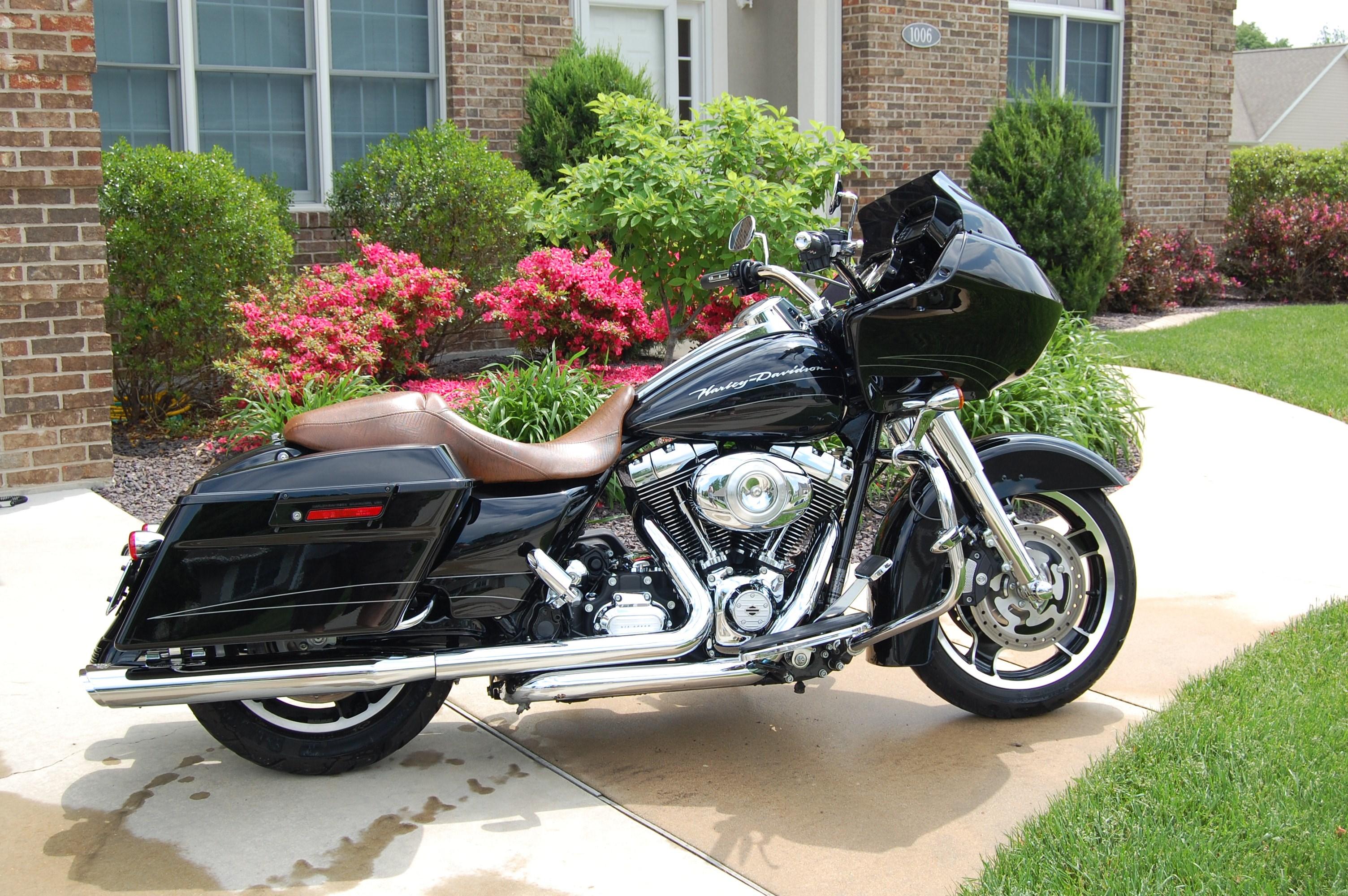 2011 harley davidson fltrx road glide custom black effingham illinois 366860. Black Bedroom Furniture Sets. Home Design Ideas