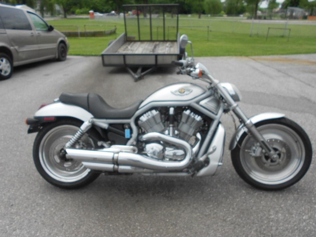 2003 Harley-Davidson® VRSCA-ANV V-Rod® Anniversary – $6900