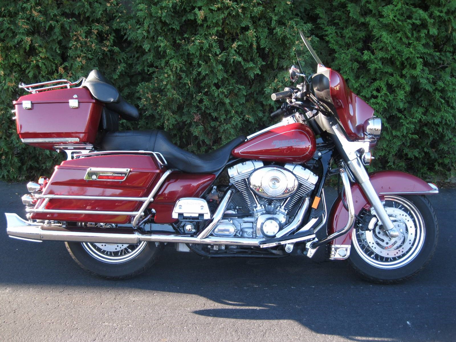 2006 harley davidson flhtci electra glide classic fire red pearl black river falls. Black Bedroom Furniture Sets. Home Design Ideas