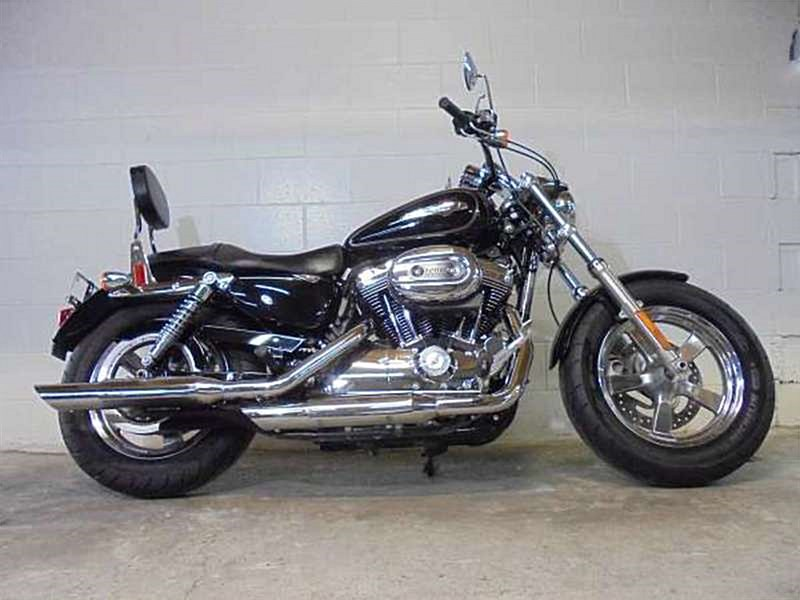 Harley Davidson: 2014 Harley-Davidson® XL1200C Sportster® 1200 Custom