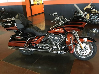 New 2015 Harley-Davidson® CVO™ Road Glide® Ultra